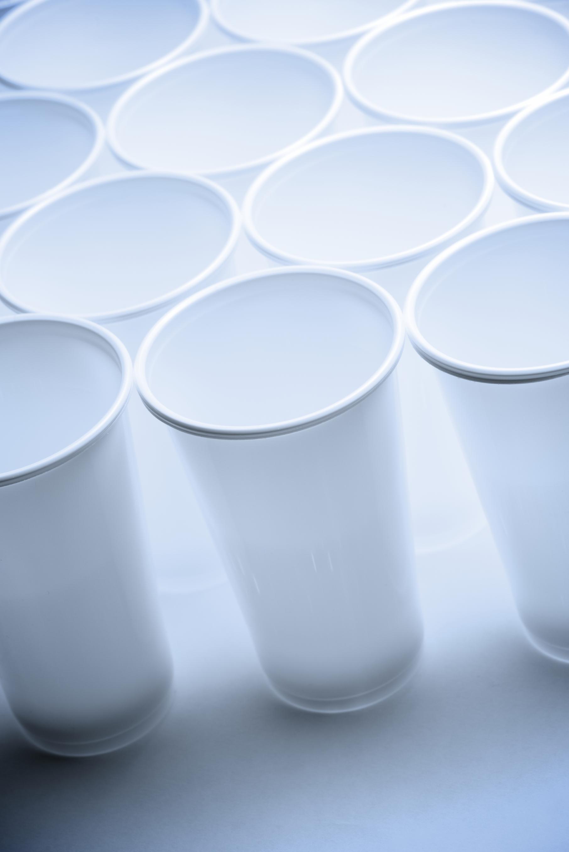 Complementos de agua eden vasos desechables eden springs for Accesorios para estanques de agua