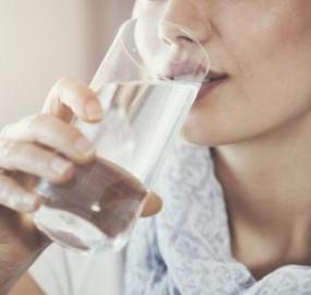 Tener mucha sed todo el rato