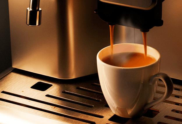 Instalación de cafetera y servicio de entrega de café en la oficina